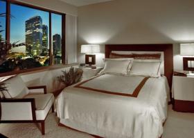 Metropole bedroom