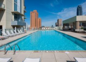 M5250 Apartment bright pool