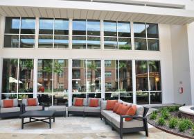 Avenue R outdoor lounge