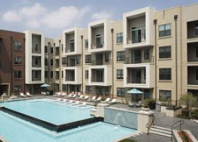 Camden Design District pool